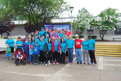 Students Participate in the Leo MacNeil Family Fun Walk Supporting Brockton Knocks Down Diabetes