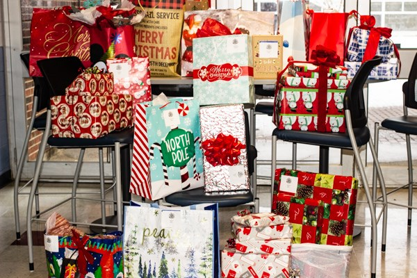 STI's 2020 Holiday Gift Giving Event to Spread Some Joy