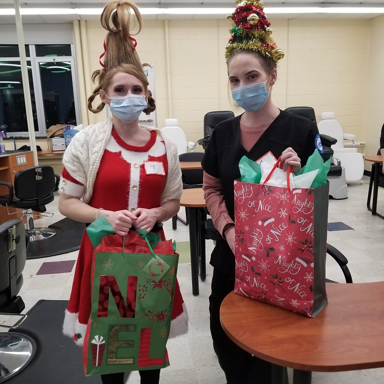 Congratulations to the Winners of STI's Annual Cosmetology Holiday Contest!